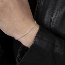 Zilveren bolletjes armband