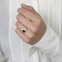 Zilveren ring met ovaal zon design