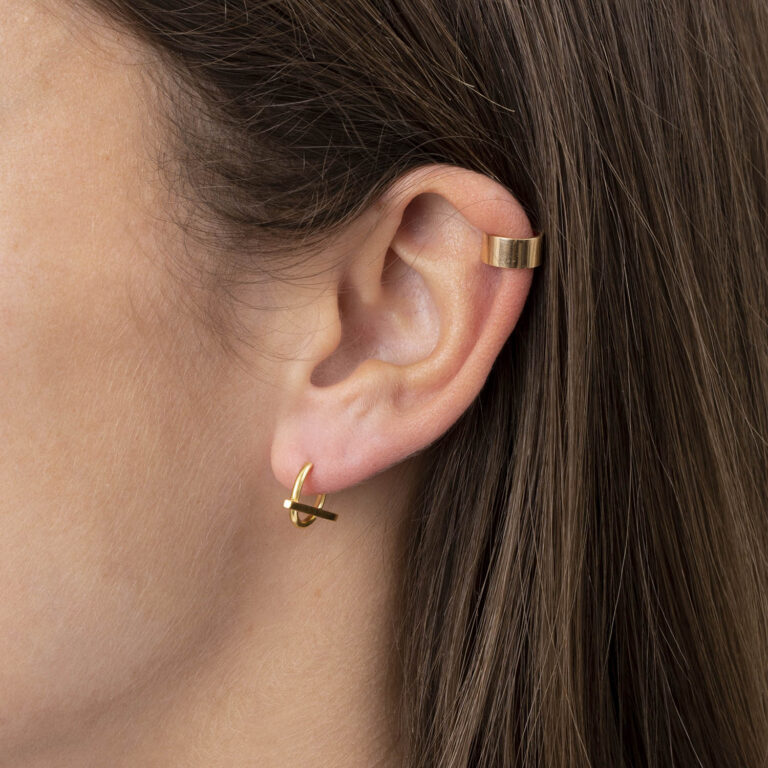 Flosi 18K Gold Plated Circle and bar hoop gold plated earring