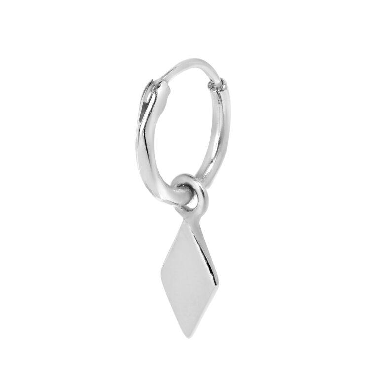 Zilveren oorbel met wiebertje bedel